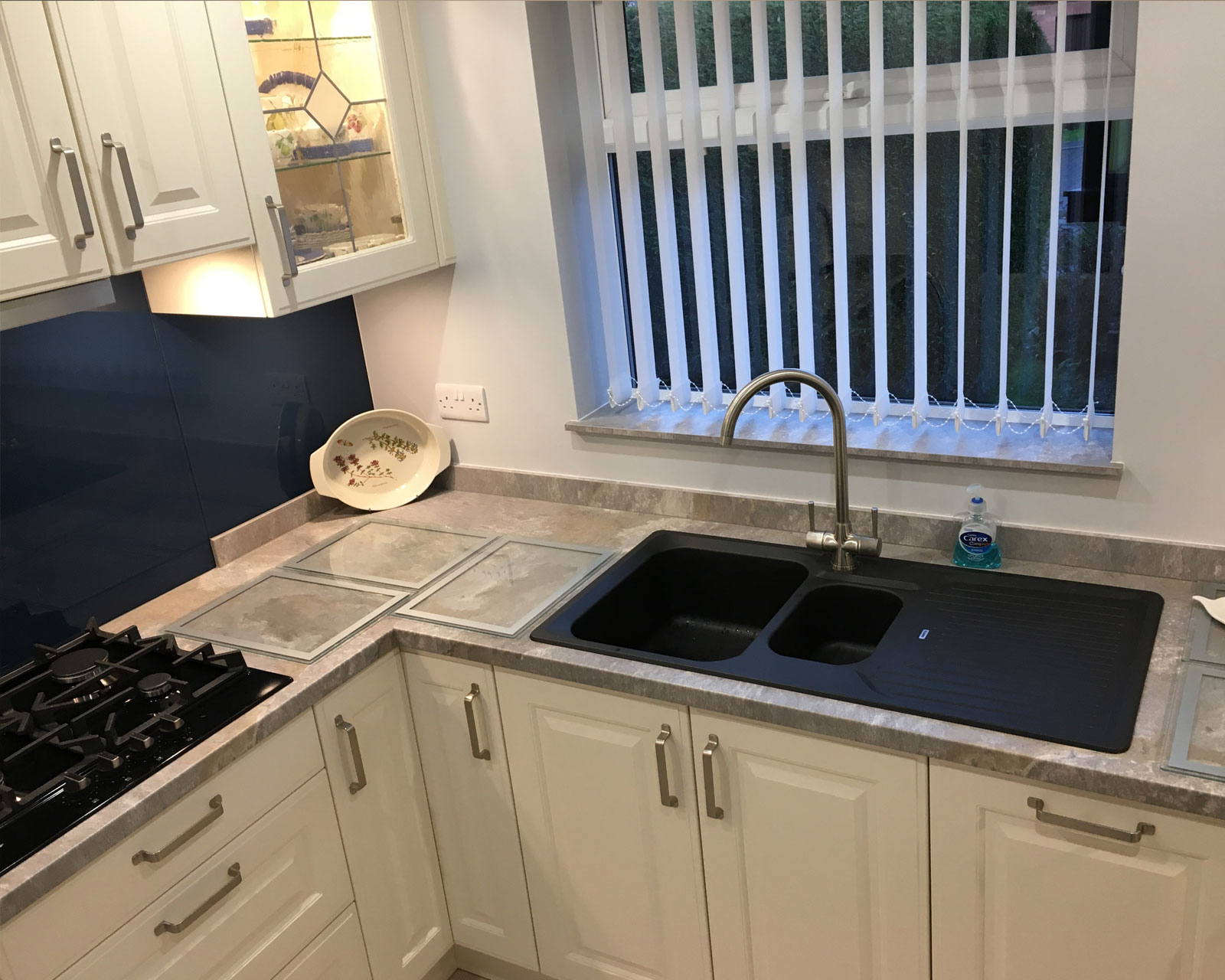 fitted kitchen Colton 1
