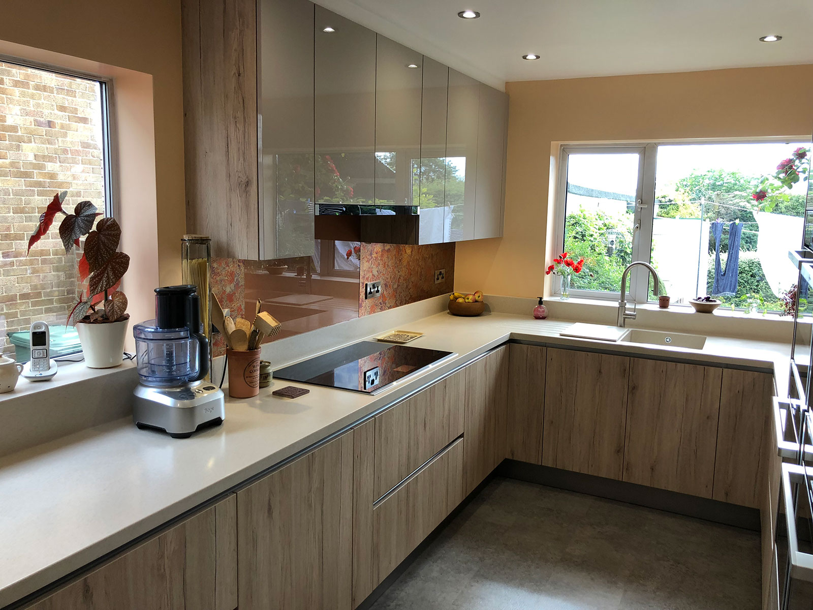 handless fitted kitchen Leeds 15 - 4